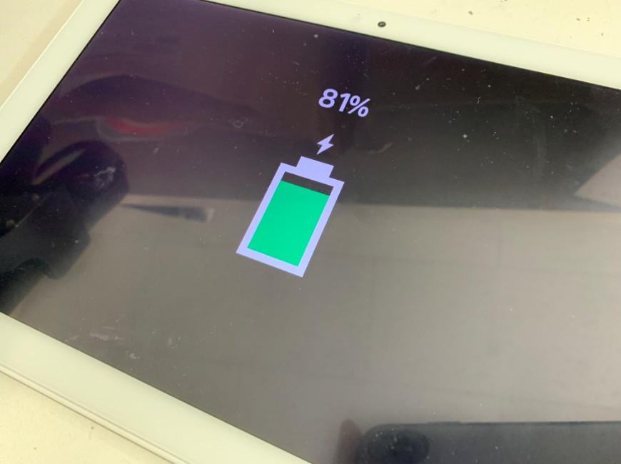 充電口交換で充電が溜まるように改善したXperia Z4 Tablet