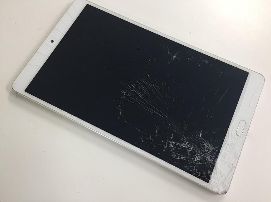 ガラスが割れたdocomoタブレット(d-01J)