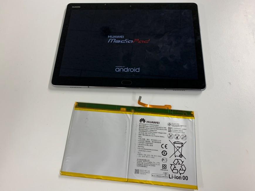 バッテリー新品交換後のMediaPad M3 lite 10(BAH-W9)