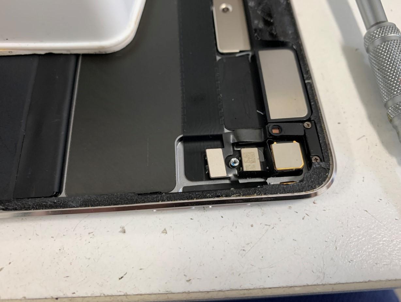 画面を剥がしたiPadPro 12.9 第1世代