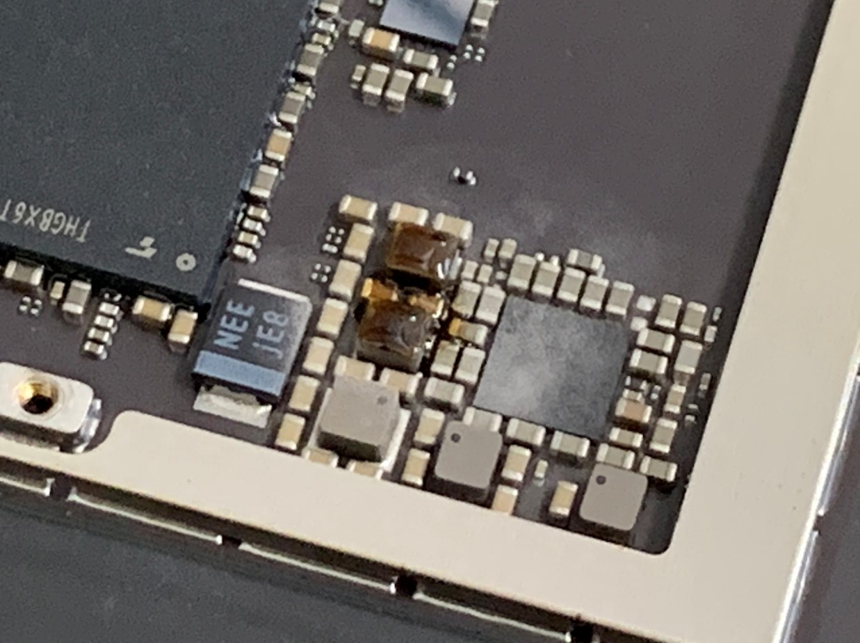 基板修理後のiPadPro 12.9 第2世代