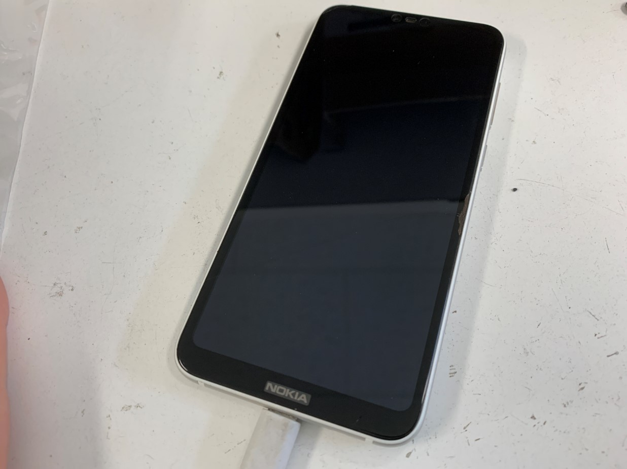 充電できないNokia 6.1 Plus(Nokia X6)