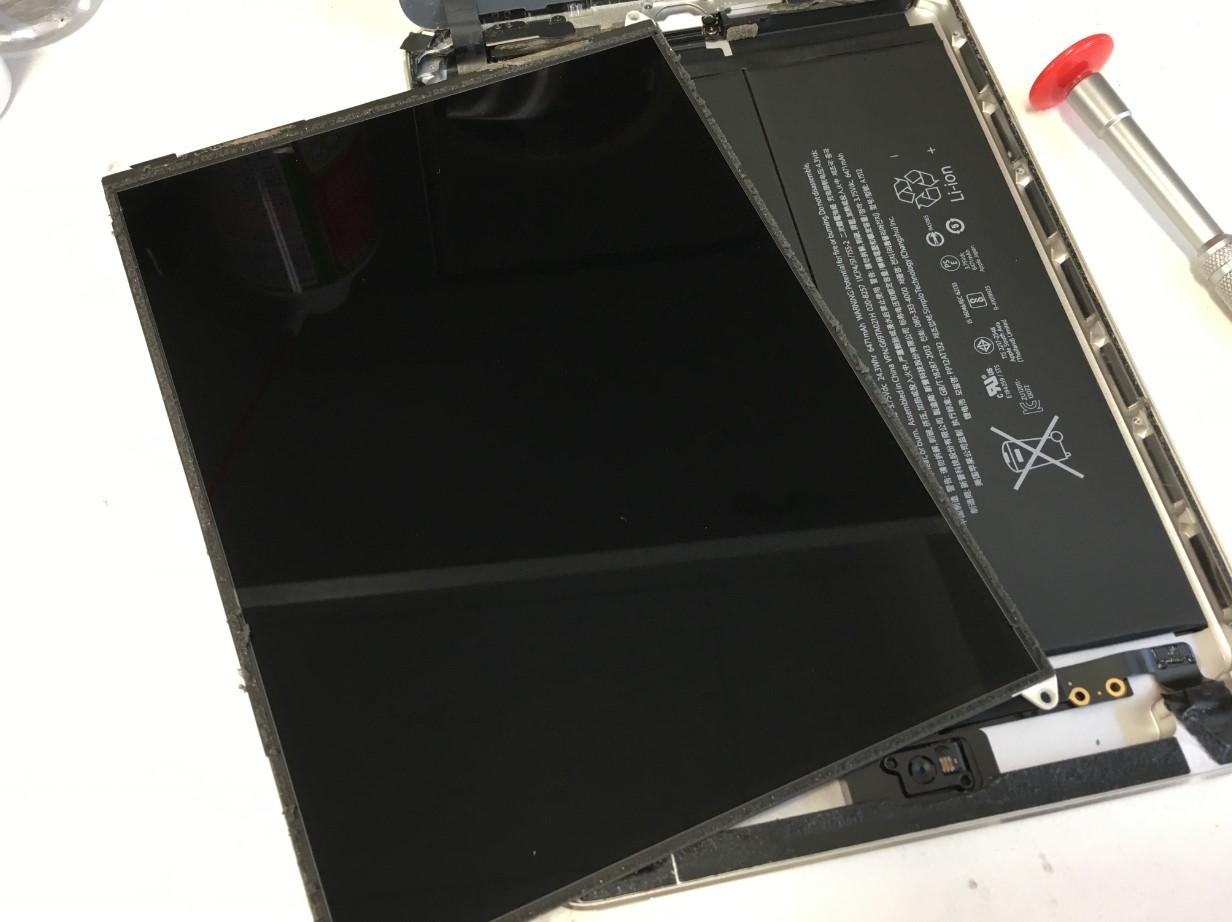 液晶を取り出したiPad mini2