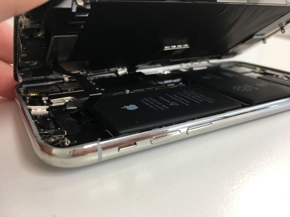 画面を剥がしたiPhoneX