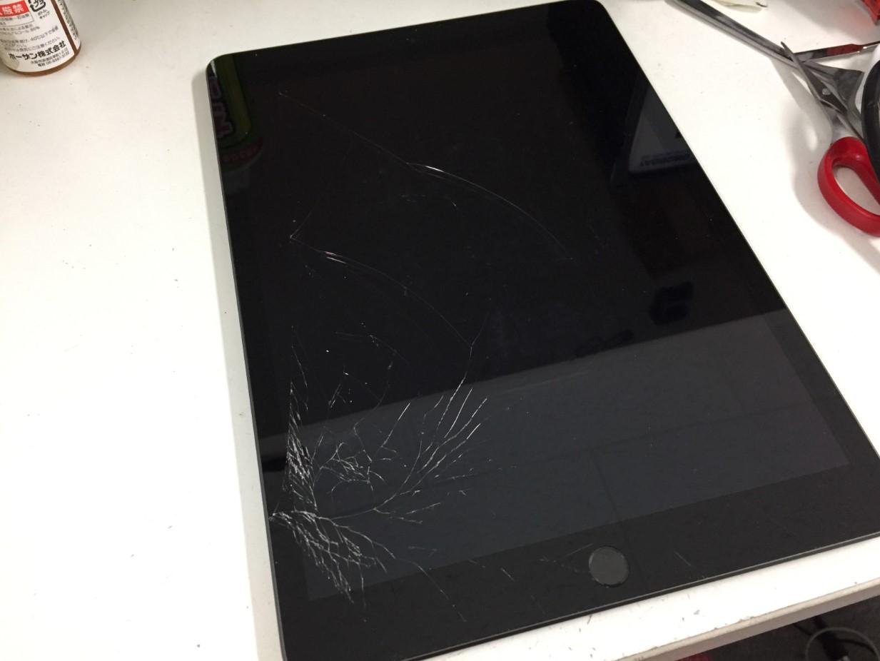 画面が割れたiPad第8世代