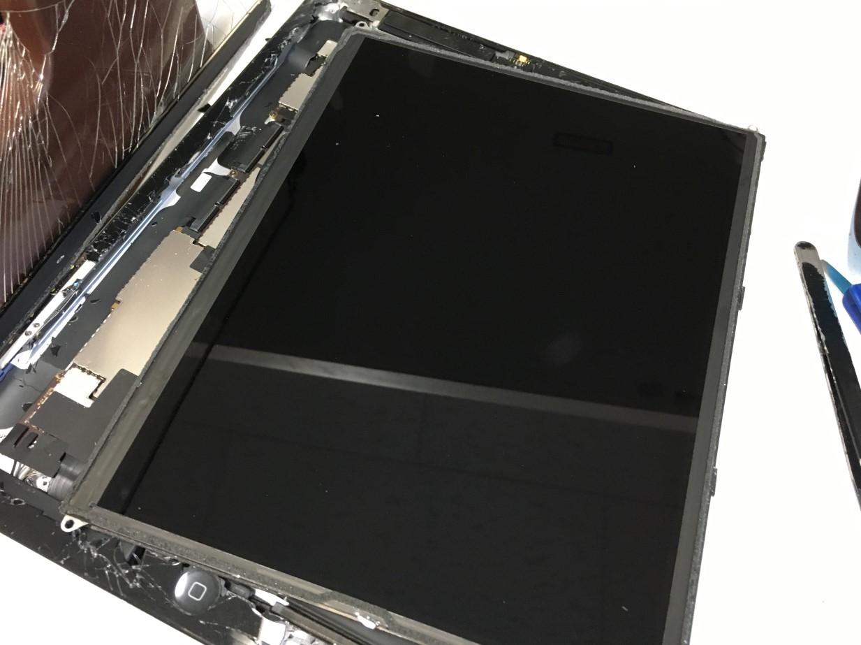 液晶画面を取り出したiPad3