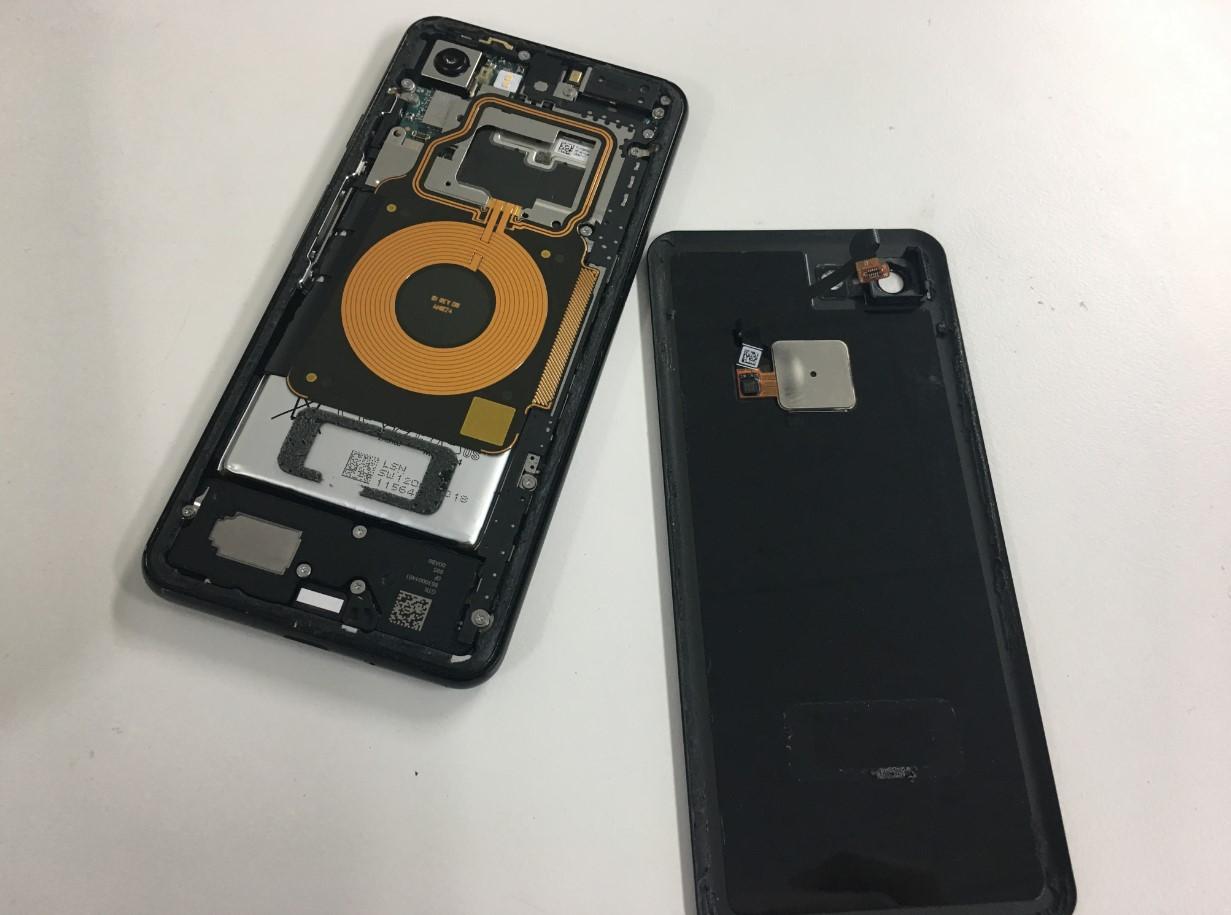 バッテリー劣化で充電の減りが早いピクセル3も郵送修理ポストリペアへお任せを